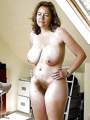 mujeres desnudas y peludas