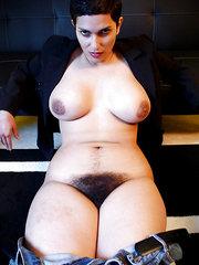mujeres bien peludas cogiendo