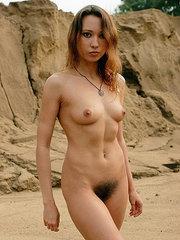 mujeres bonitas y peludas