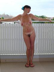 fotos de mujeres peludas teniendo sexo lesbico