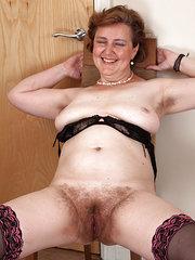 porno de maduras peludas con espejuelos