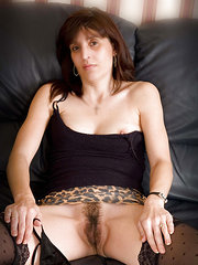 sexo oral a mujeres peludas