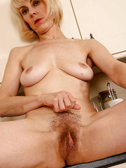 mujeres peludas fotos