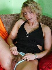 mujeres muy peludas cojiendo