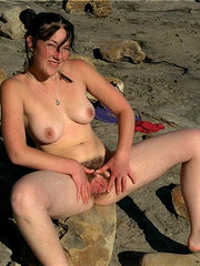 fotos de mujeres desnudas y peludas